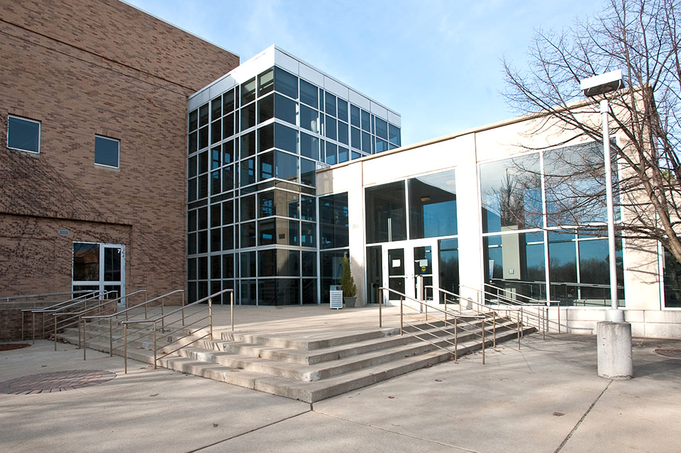 Dow Chemical Company - Employee Development Center | Three